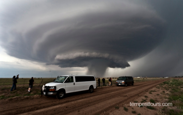 Gullikson_Adrian_TX_supercell_5-21-2012_IMG_7386_Tempest_WM.jpg (JPEG Image, 1881 × 1192 pixels) - Scaled (50%)