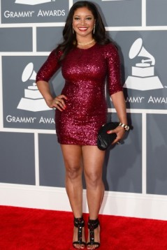 tamala-jones-arrives-on-the-red-carpet-at-the-staples-center-for-the-55th-grammy-awards_347x520_79